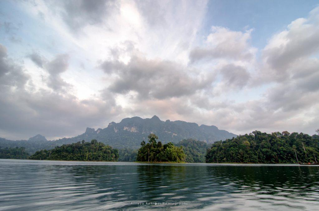 Cheow Lan lakeKhao Sok national park, Thailand