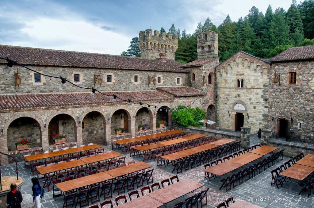 Inner courtyard of Castello di Amorosa winery. Napa Valley, Cali